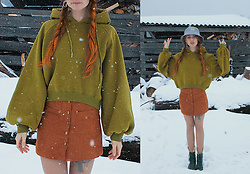 Umbird - Zaful Hat, Zaful Skirt - The first snow