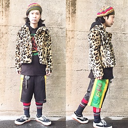 @KiD - Override Beret, Forever 21 Leopard Riders Jacket, The Clash Guns Of Brixton, Adidas Rasta Shorts, Northwave Espresso, Vivienne Westwood Cigarettes Case - JapaneseTrash472