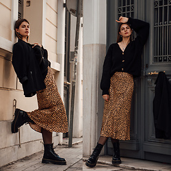 Jacky - Vintage Blazer, Loavies Cardigan, & Other Stories Leopard Print Skirt, Dr. Martens Boots - Casual Chic Winter Outfit: Leopard Print Skirt