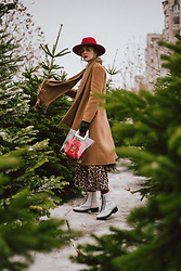 Andreea Birsan - Red Fedora Hat, Camel Coat, Camel Scarf, Leopard Skirt, Transparent Tote Bag, Red Bag, White Combat Boots, Clear Lens Aviator Glasses - Camel & red