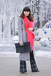 Moda_i_takie_tam - H&M Scarf, Zaful Grey Coat, Diesel Palazzo Pants, Playworkcreate Clutch - Grey rhapsody