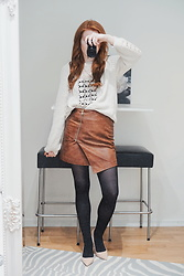 Vanessa Vilhelmiina -  - The best knit + leather skirt