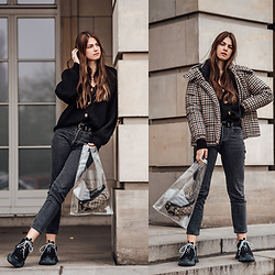Jacky - Mango Jacket, Loavies Cardigan, Levi's® Jeans, Black Palms The Label Pvc Bag, Gucci Belt Bag, Balenciaga Triple S Sneakers - Bag Trend 2019: Why you need a transparent bag