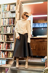 Anna Borisovna - H&M Sweater, H&M Skirt, Mango Shoes - The Satin Skirt