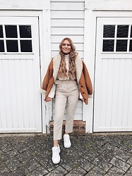 Fern Jenner - Outfit Book Cream Trousers, Vintage Faux Sheepskin Coat, Zara High Neck Jumper, Fila Trainers - Neutral Winter
