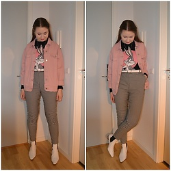 Mucha Lucha - Missguided Denim Jacket, H&M Jumper, Asos Belt, Monki Trousers, Topshop Boots - Retro feeling colour combo