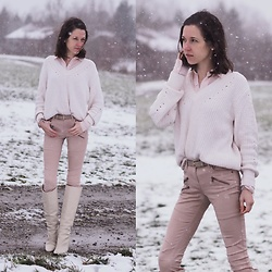 Claire H - Mango Cotton Knit, Zara Boots - Rose on white on snow