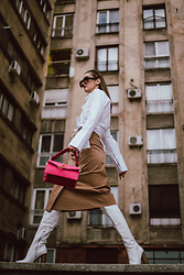 Andreea Birsan - Oversized Sunglasses, White Button Down Shirt, Pink Bag, Camel Midi Skirt, Over The Knee White Leather Boots - I believe in my inner Beyonce
