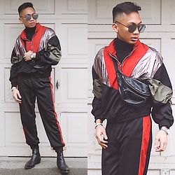Paul Zedrich - Quay X Desi Black/Silver High Keys, Zara Turtleneck Sweater, Zara Half Zip Contrast Jacket, Zara Joggers With Contrasting Trim, Asos Fanny Pack, Zara Leather Boots, Hermès Clic Clac Bracelet - 90's Vibe