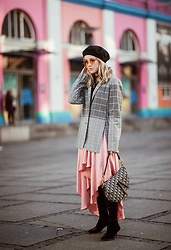 Joicy Muniz - Urban Outfitters Hat, Holzweiler Blazer, Villa Skirt, Christian Dior Bag, Zara Boots - Copenhagen Fashion Week
