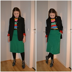 Mucha Lucha - Second Hand Blazer, Asos Top, Second Hand Skirt, H&M Boots - Mismatched skirt suit