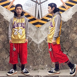 @KiD - Lakers Game Shirts, Code Red Crust Shorts, Vivienne Westwood Cigarettes Case, Norteave Espresso - JapaneseTrash480