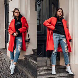 Jacky - Na Kd Coat, Asos Jeans, Flattered Boots, Gucci Belt Bag - Wearing a red coat in winter