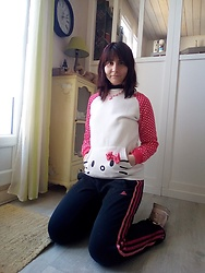 Lulu Longstocking - Hello Kitty Sweater, Adidas Sweatpants - Pink kitty
