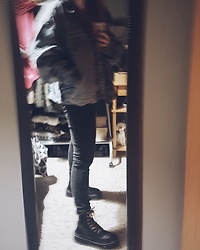 Luc S. - Vintage Denim Jacket, Lefties Jeggings, Pull & Bear Boots - Takedown.
