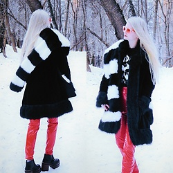 Emms - H&M Faux Fur Scarf, Pull & Bear Platforms, Second Hand Faux Fur Coat, Terranova Faux Leather Pants - 华晨宇 - 寒鸦少年