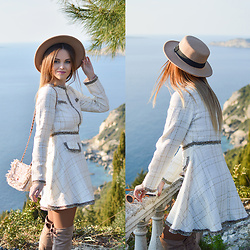 Tamara Bellis - Shein Tweed Dress, H&M Hat, Zaful Bag, Zaful Over The Knees - Sea, sun and pretty hat