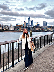 Karina Bogdan - Topshop Jacket, Stussy Top, Weekday Pants, Converse X Comme Des Garcons Sneakers, Gucci X Comme Des Garcons Paper Bag, Dolce & Gabbana Scarf, Ace & Tate Glasses - Minimalism