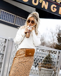 Amber Wilkerson - Mockneck Swetaer, Silk Sweater, Suede Belt Bag, Earrings, Sunglasses - MY MORNING COFFEE LOOK!