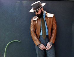 Jared Acquaro - Akubra Style Master Hat, Vintage Leather Jacket - Western Tailored Vintage