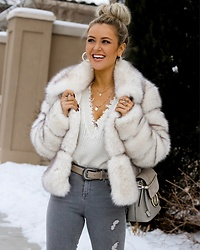 Amber Wilkerson - Fur Coat, Jeans, Purse, Hoop Earrings, Zoidac Necklace, Ring - FUN FUR COAT IN WINTER WONDERLAND