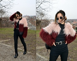 Marija M. - Bershka Faux Fur Jacket, Bershka Lace Up Boots, Zaful Sunglasses - How to style faux fur jacket - blogged