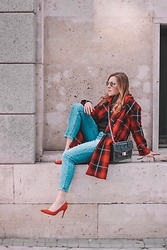 Juls Theulifestyle - Zara Tartán Coat, Mango Red Pumps - Red tartan