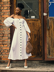 Melody Jacob -  - WHITE OFF SHOULDER PUFF SLEEVE BUTTON FRONT VINTAGE DRESS