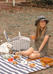 Kelly Anne -  - Weekend Picnics