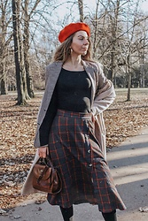 Vevas - Reserved Skirt, Pull & Bear Blazer - Layering