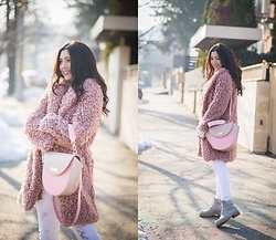 Andreea Manole -  - Pink lover