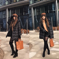 Monika Momot - Zara Puffer Coat, Zara Roll Neck, Zara Leather Skirt, Wittchen Shopper Bag, Steve Madden Over The Knee Boots, H&M Hat, H&M Suede Gloves - Black & Camel