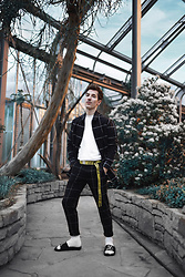 Nico Stank - Bershka Shirt, Off White Belt, Rip N'dip Sandals, Bershka Pants - Botanic
