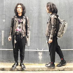 @KiD - Teenage Jesus And The Jerks Tee, Ch. Leather Jacket, Ch. Pants, Vivienne Westwood Cigarette Case, Dr. Martens 3hole, (K)Ollaps David Bowie, Yohji Yamamoto Nylon Back Pack - JapaneseTrash483