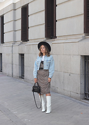 Claudia Villanueva - H&M Hat, Zara Jacket, Bershka Dress, H&M Bag, Bershka Boots - When chic meets western