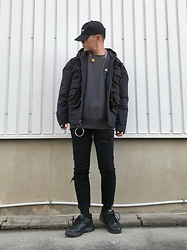 ★masaki★ - Rothco Tactical Vest, Dickies Hoodie Jacket, Chmpion Sweatshirts, Neuwdenim Jeans, Nike Air Monarch, Kollaps Japanese Cap - Street Style
