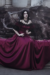 Ellone Andreea - Solsiniestra Arawn Necklace, Punkrave Victorian Gown - Vermilion