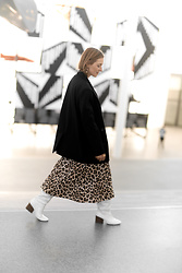 Anna Borisovna - Other Stories Blazer, Mango Skirt, Massimo Dutti Boots - The Leo Skirt