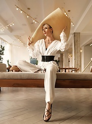 Jessica Hayes - H&M Wide Leg Pants, Forever 21 Oversized Hat - Living for Neutrals