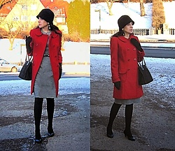 Nikolatina - Nicholas Red Wool Coat, Mango Tweed Dress, Carlo Rossi Black Pumps - A touch of red