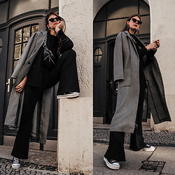 Jacky - Weill Paris Coat, Vintage Blazer, Loavies Pants, Bershka Belt Bag, Converse Sneaker - Casual Spring Outfit: Long grey coat and an all black look