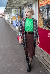 Weronika Bukowczan - Checkered Long Blazer, Floral Midi Skirt, Cotton Traders Lime Neon Green T Shirt, Ebay Statement Faux Pearl Big Earrings, Office London Real Leather Black Chunky Boots - Hello Spring