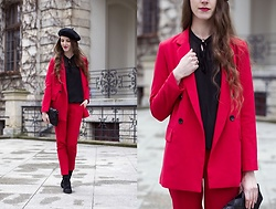 Ewa -  - Red suit