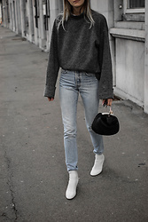 Katarina Vidd -  - White on jeans