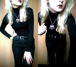 Grim Alex - Turtleneck, Aliexpress The Witcher Necklace, I Need A New Belt Xd, Gate Just Jeans - Very very simple