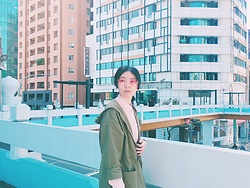 Flosmoony - Spotless Shades, Monki Jacket, Uniqlo Shirt - Pastel bridge