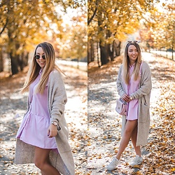 Gabriela Grębska - Zara Dress, New Balance Sneakers, Diverse Cardigan - Long cardigan & pastel dress