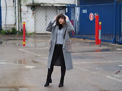 Fashionella ♥ - Zara Wool Coat, Asos Black Boots - Winter mood