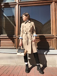 Anya - Massimo Dutti Trench Coat, Vagabond Shoes, Uniqlo Pants - ☀️