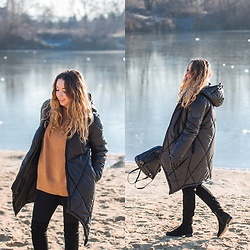 Gabriela Grębska - Naoko Coat, Zara Sweater - Winter coat